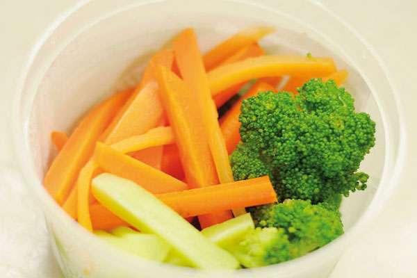 Lahana, diyetsel beslenme için vazgeçilmez bir üründür. Lahana pirzola tarifi